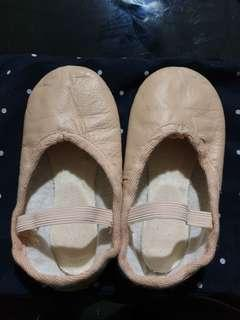 🚚 Leather ballet shoes
