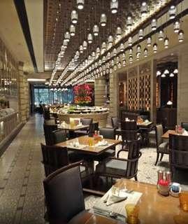 [38% OFF] Mandarin Oriental (Dinner for 2)