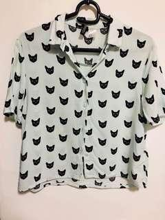 🚚 H&M Kitty Shirt in XS