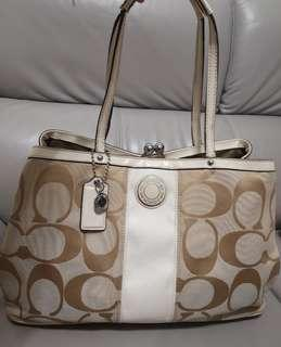 Coach Bag ~big sales ~