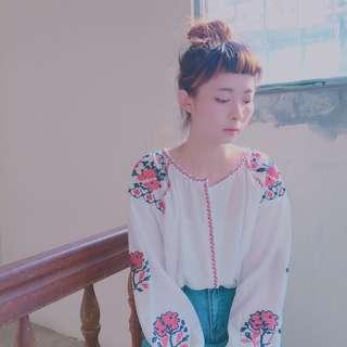 微涼初秋刺繡上衣