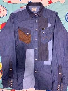 全新 izzue X Wrangler 藍色併布牛仔裇衫(New blue patchwork denim shirt)
