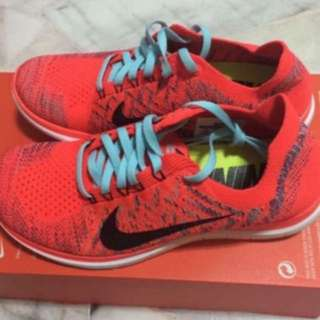 best sneakers 2a8dd 8a99e nike free 5.0   Toys & Games   Carousell Singapore