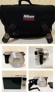 🚚 Nikon J5