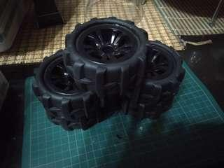RC tyres with rims 1/12 or 1/10