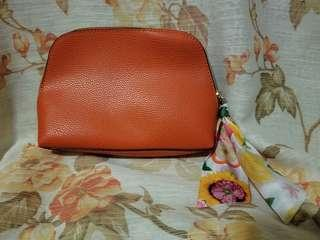 Estee Lauder x AMBA Living (Amba Locke) orange cosmetic bag 化妝袋