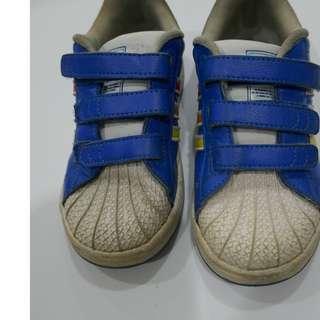 Adidas Shoes UK9.5 (27cm) est 4-5 yrs
