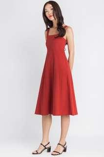 🚚 DETAILED BACK RED CREPE DRESS (CHERRY)