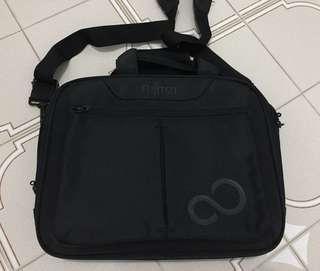 🚚 Laptop Bag ( Fujitsu )