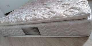 Queen Size Pocketed Spring Mattress with Topper