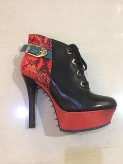 Black Red Snakeskin Platform Ankle Boots size 37