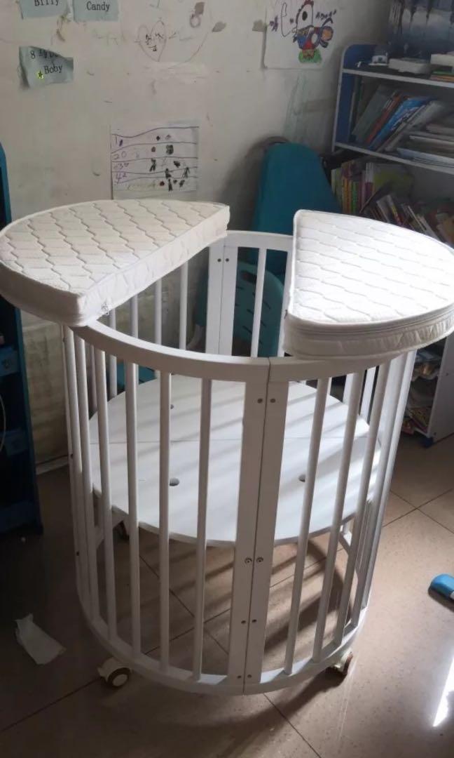 圓形嬰兒床