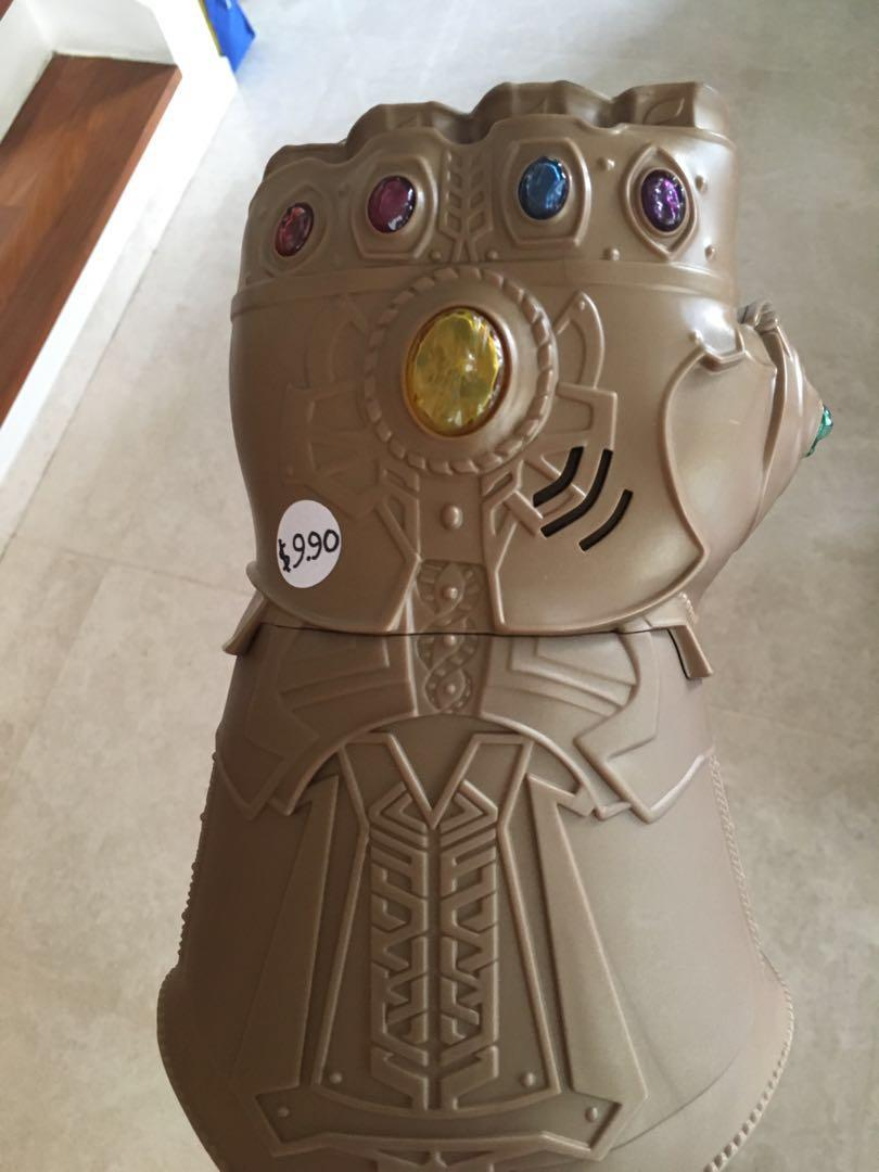 Avengers infinity gauntlet toy, Toys & Games, Others on