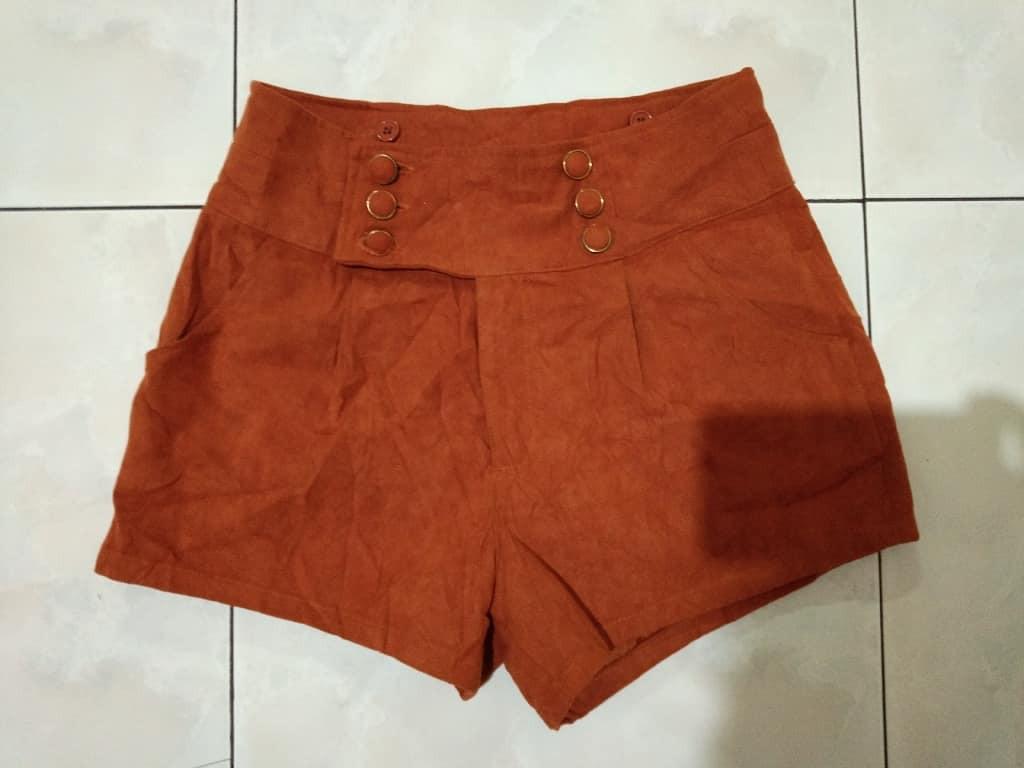 Brown Shorts (HARGA NET)