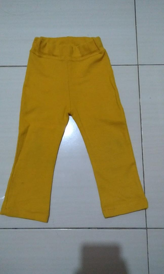 Celana Legging Bahan Tebal Ukuran 1 Sampai 2 Tahun Bayi Anak Baju Anak Perempuan 1 Hingga 3 Tahun Di Carousell