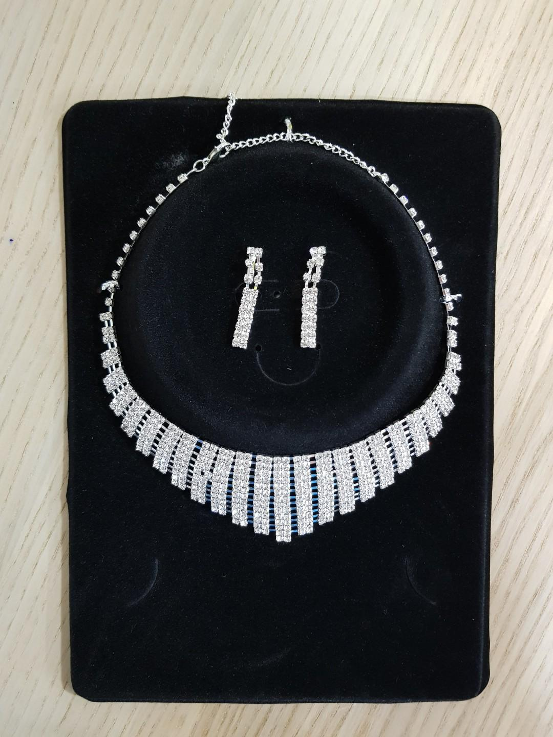 Cheap Necklace with Unused Earrings, Women's Fashion