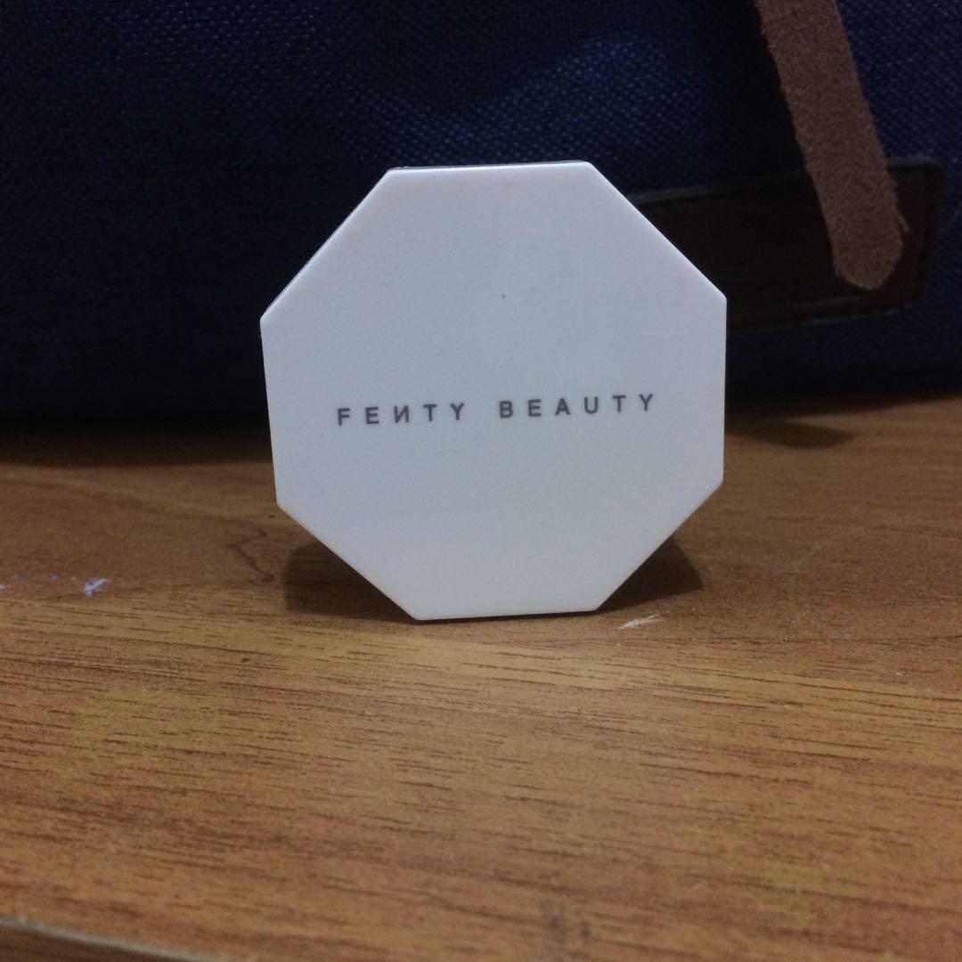 FENTY BEAUTY HIGHLIGHTER MINI / HUSTLA BABY