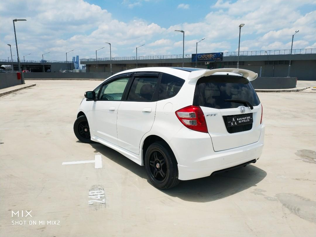 Honda Fit 1.3 G F-Package Auto