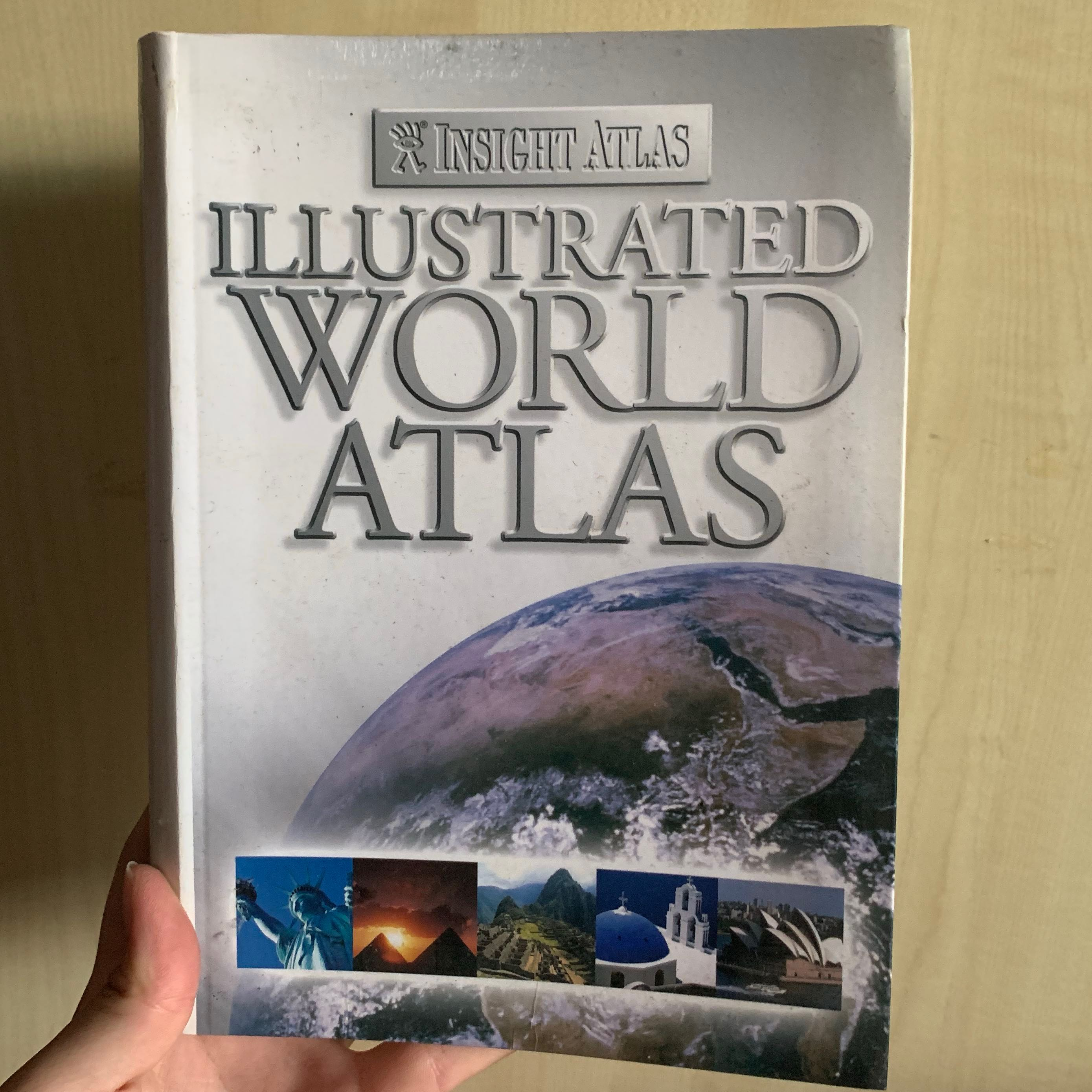 Illustrated World Atlas discovery book