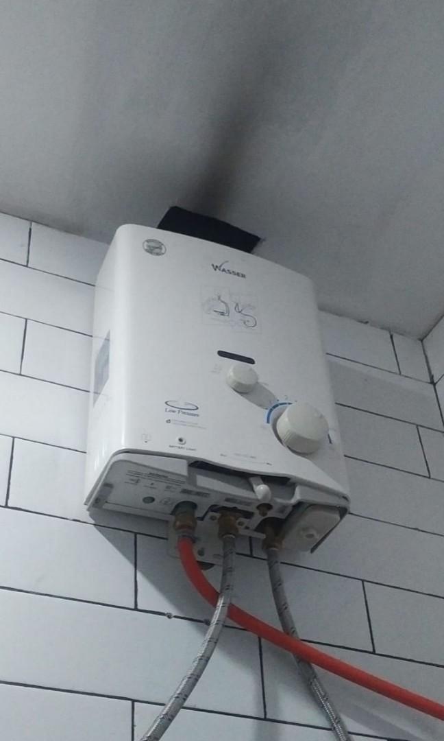 Jasa pemasangan air hangat cepat konsep luar tembok dan servis,sidoarjo