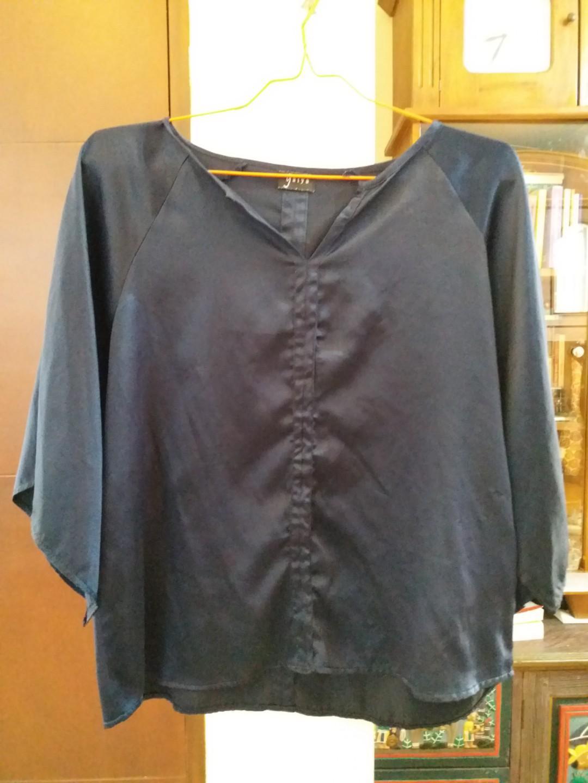 Nett - Dark navy satin blouse
