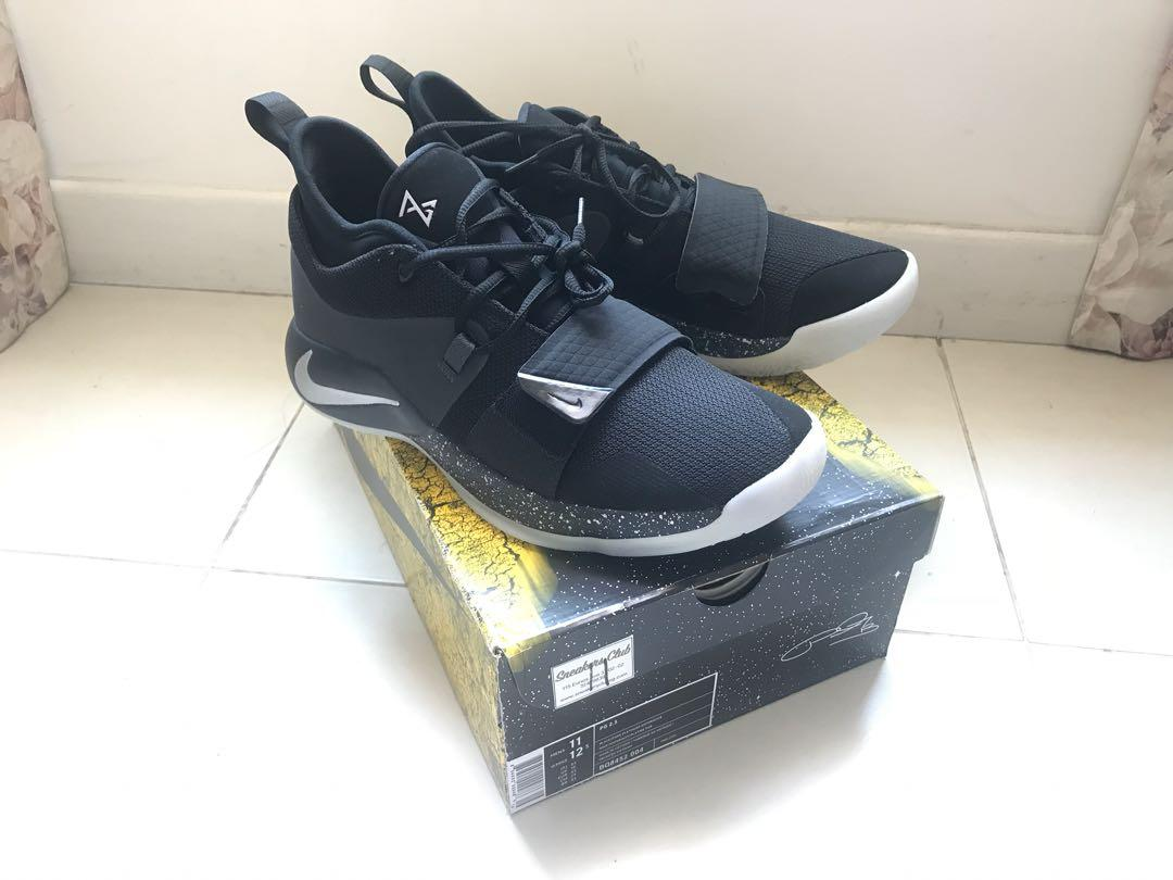 low priced 6c2a7 f4481 Nike PG 2.5, Men's Fashion, Footwear, Sneakers on Carousell