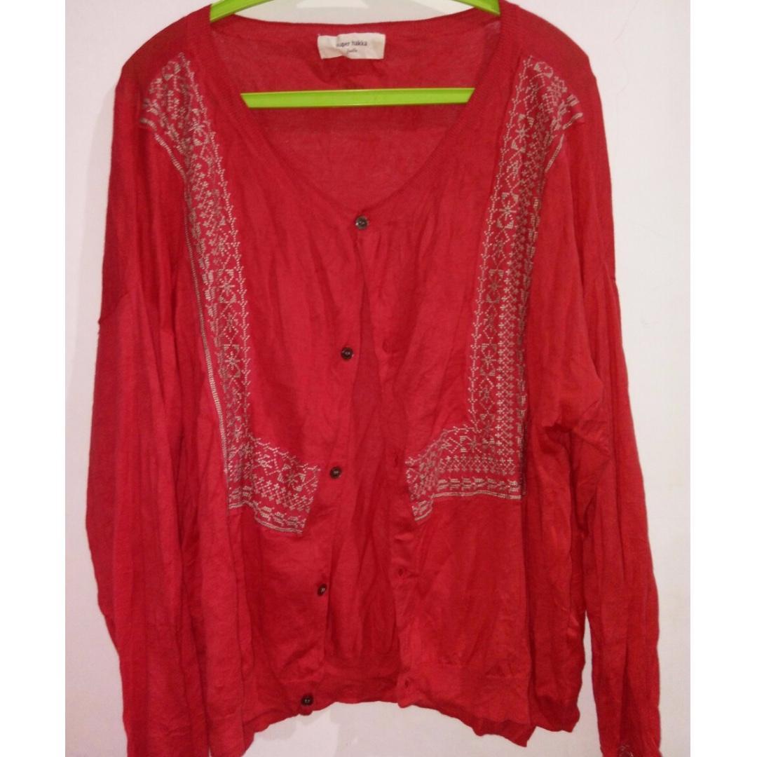 Oversized outer merah