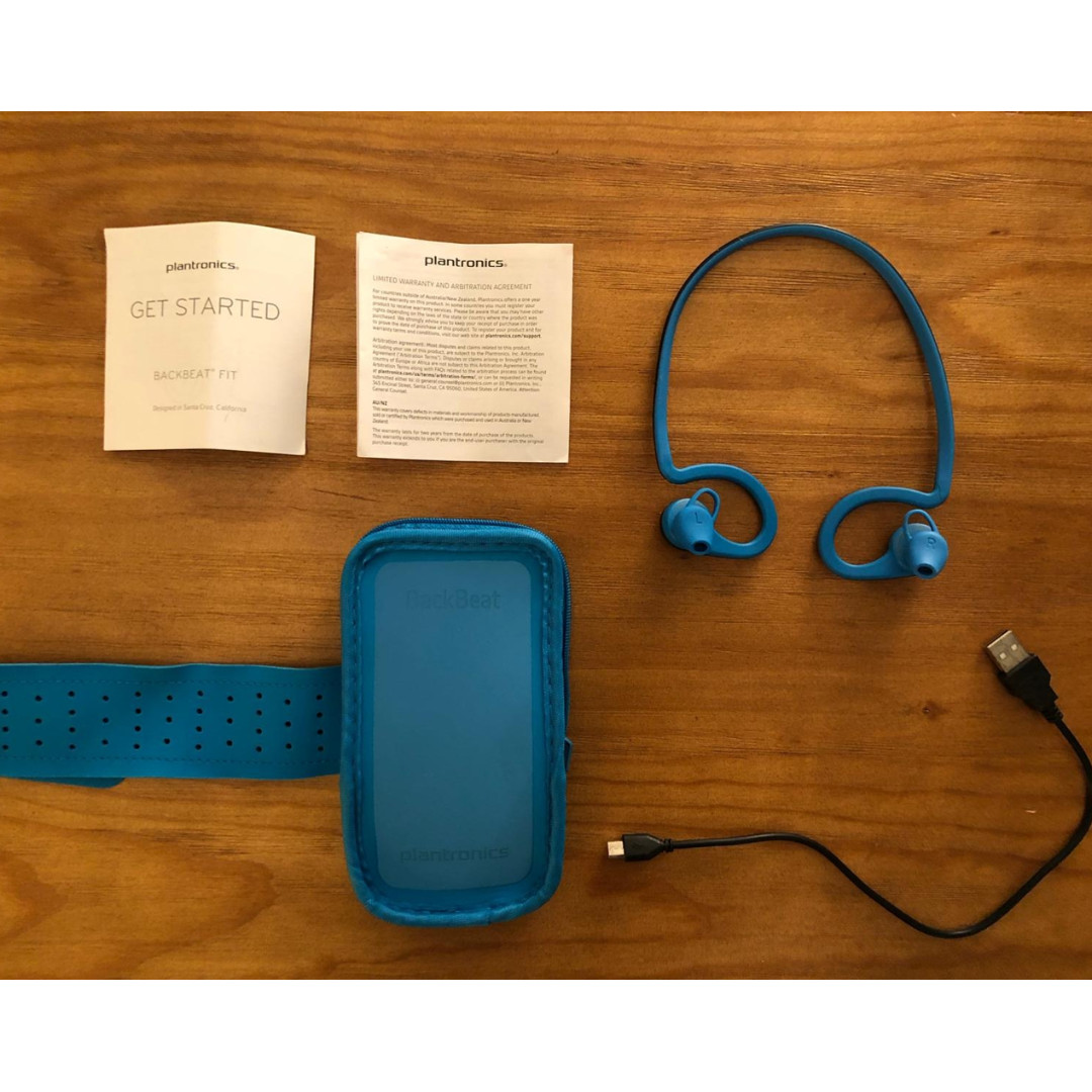 c676c0caae0 Plantronics Backbeat fit (Bluetooth earbuds), Sports, Sports & Games ...