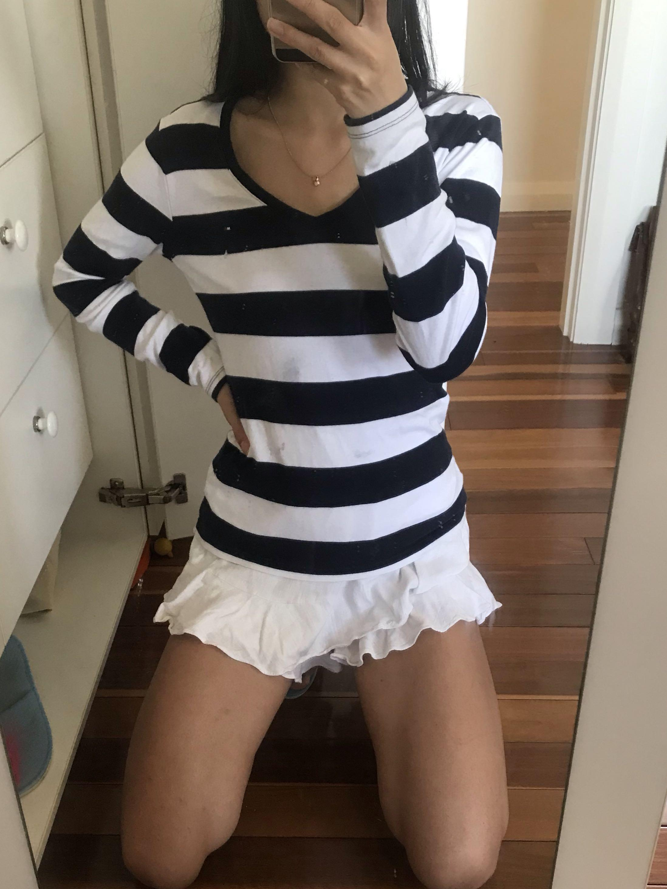 Tommy Hilfiger vintage long sleeve striped navy blue and white top size small