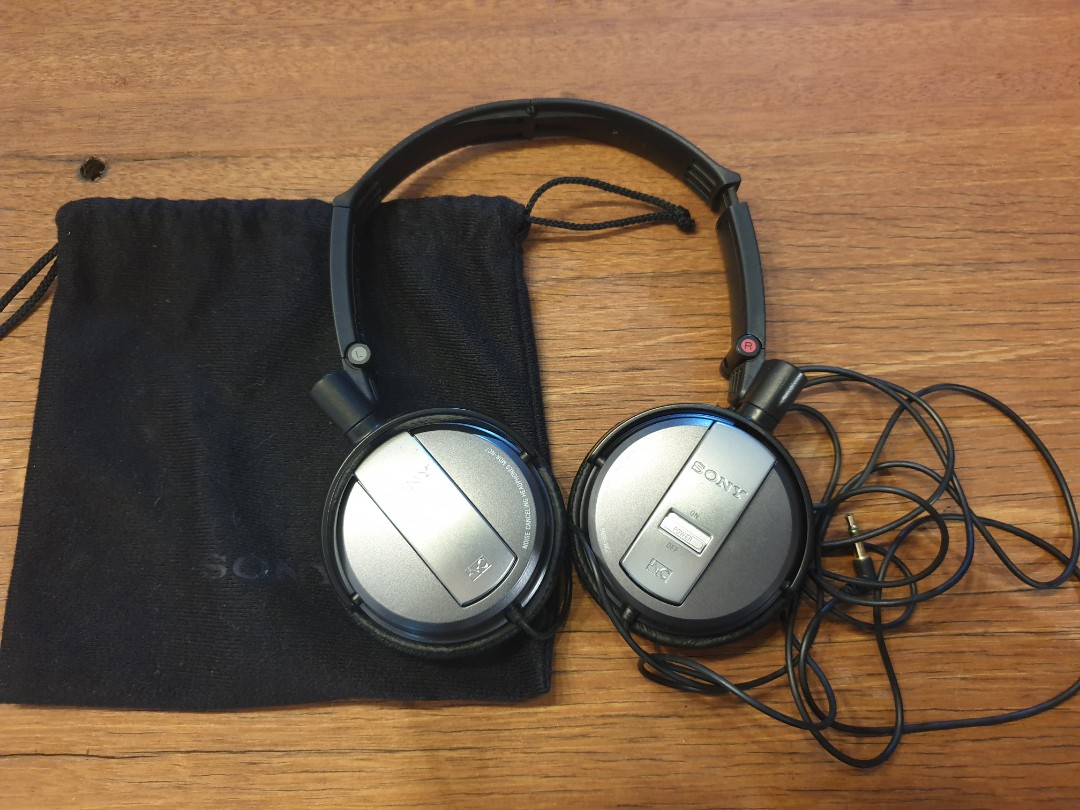 6bf9e3ff3ca Used Sony noise cancelling headphone MDR-NC7, Electronics, Audio on ...