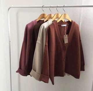 清貨價!全新現貨 深啡色百搭淨色寬鬆針織外套 咖啡色