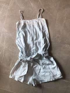 白蕾絲淺粉藍色連身束腰有袋短褲 white lace light pastel blue one piece shorts with pockets