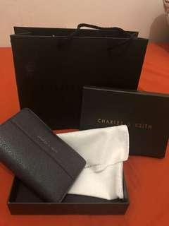 Dompet charles & keith like new (authentic)