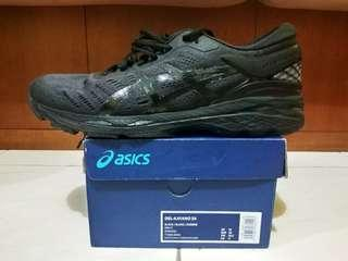 Asics Gel-Kayano 24 Black size 11/45 Mint condition