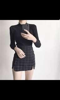 🚚 High waisted checkered skirt