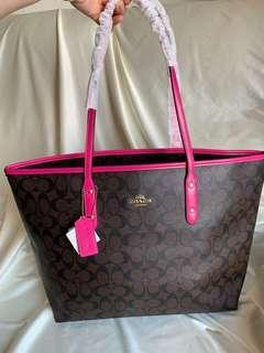 🈹全新💕Coach tote bag with zipper closure 拉鍊 媽媽 手袋 *not LV Chanel Hermès Fendi Chole Celine Gucci
