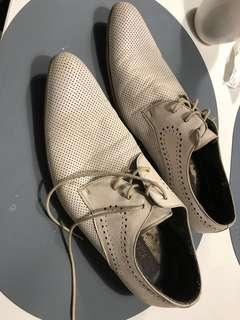 PEDRO white business shoes
