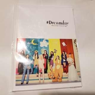 Twice 日本 Dome Tour 2019 Dreamday 寫真集