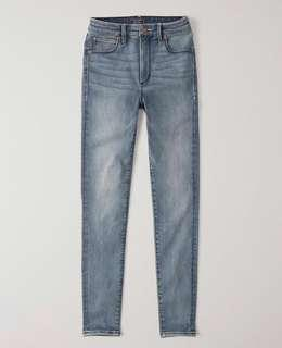 NEW ABERCROMBIE HIGH RISE ANKLE JEANS