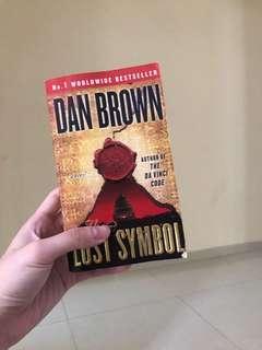 🚚 The Lost Symbol by Dan Brown