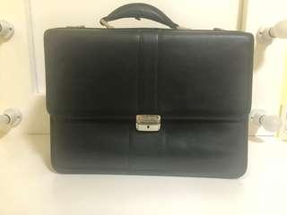Samsonite Flapover Briefcase
