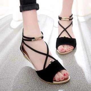 Triple strap Sandals sizes 35-39