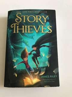🚚 Story thieves by James Riley