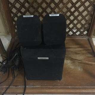 Edifier speaker bunyi nya enak bnget