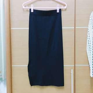 🚚 針織開岔性感中長黑裙