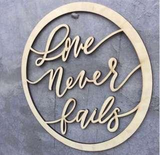 🚚 Love never fails Rustic Wedding Decor