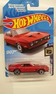 Hot wheels 71 Mustang Mach 1 (007 movie)