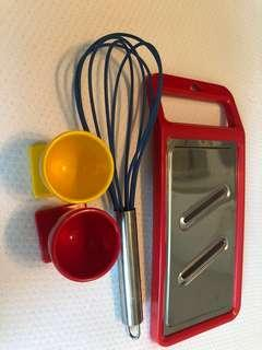 Kitchen tools, egg stands, whisk, grating tool