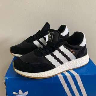 Adidas iniki runner shoes sneakers us7.5