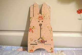 粉紅色 玫瑰花 兔仔 造型 木制 電話座